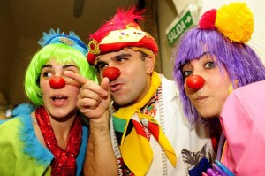 "Inspired by Hunter ""Patch"" Adams, hospitals in Buenos Aires must provide clown doctors to treat child patients with trauma."