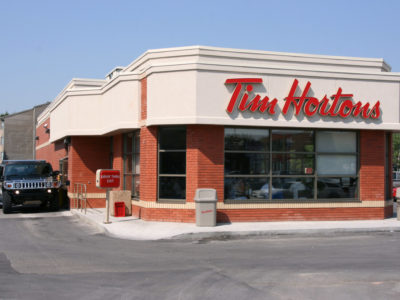 Burger King's acquisition of Canadian coffe chain Tim Hortons was subjected to Canada Investment Act. (Marek Ślusarczyka)