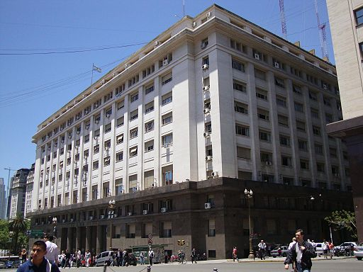 A fire in the Finance Secretariat at the Ministry of Economy of Argentina  affected data of ongoing tender processes. (Wikimedia)
