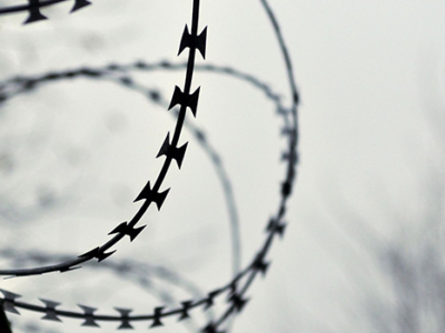 featured-barbed-wire-fence