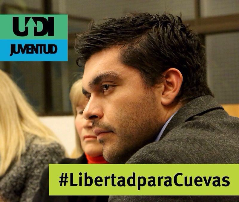On social media, the hashtag #LibertadParaCuevas has arisen.