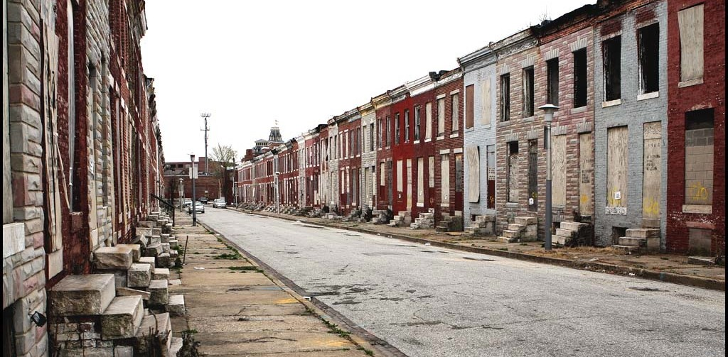 Perlman Street in Baltimore, Maryland, exhibiting the urban decay that plagues the city. (Dorret)