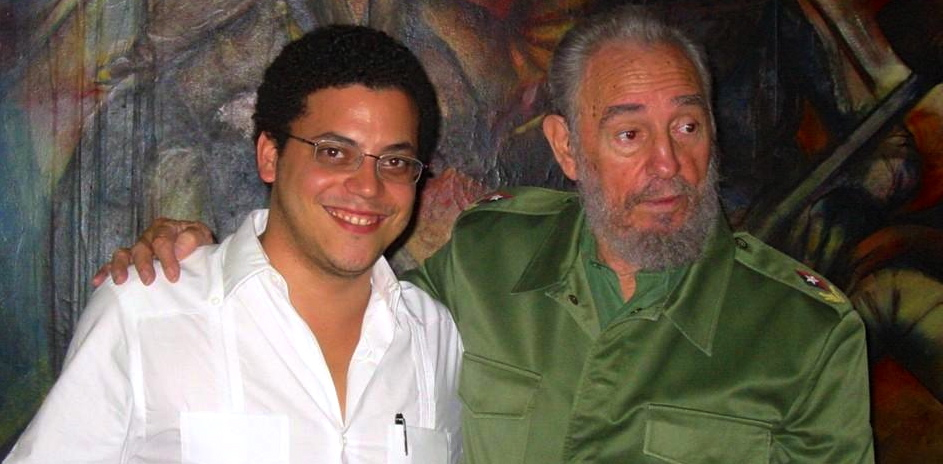 Temir Porras, former foreign-policy adviser to Hugo Chávez, released this image to celebrate the 88th birthday of Cuba's longtime totalitarian ruler Fidel Castro. (@temirporras)