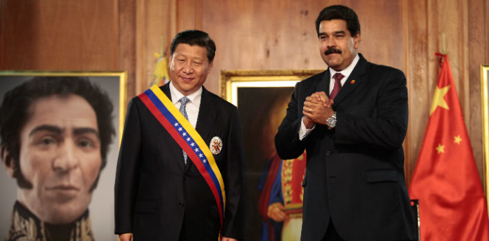The Communist Party of China is helping Venezuela to avoid default, and has signed cooperation treaties worth over US$20 billion for energy, industrial, and development projects. (Minci de Venezuela)