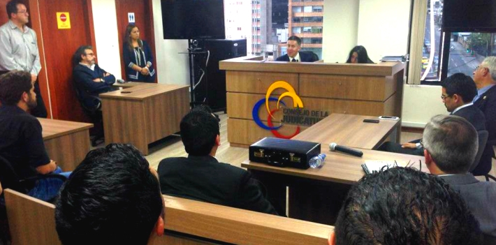 Judge William Román denied the precautionary measures filed by newspaper La Hora. According to Román, Mayor José Bolívar Castillo's accountability ceremony  was information of public interest and the Ecuadorian daily had the obligation to cover it. (SuperCom)