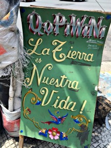 Banners like this one decorate the urban campsite (PanAm Post)