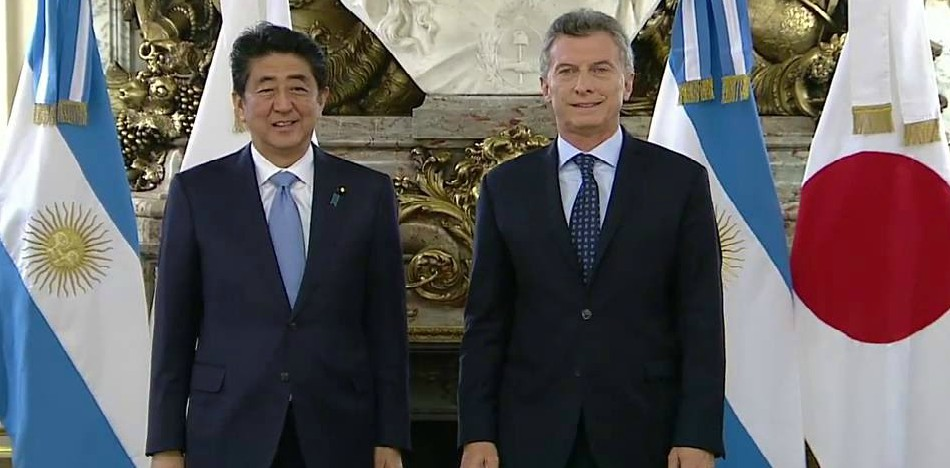¿Cuánto mide Mauricio Macri? - Altura - Real height Macri-shinzoabe-21nov