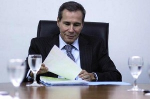 A three-judge panel confirmed the decision to dismiss Alberto Nisman's cover-up charges against President Kirchner.