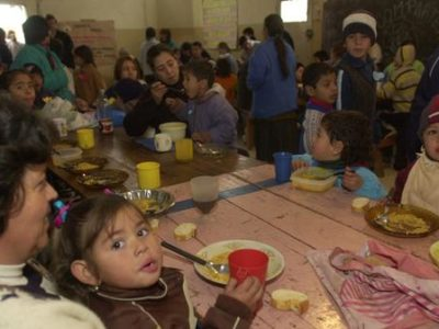 According to the Argentinean Catholic University poverty grew in Argentina in comparison with last year. (@LAVOZcomar)
